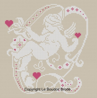Downloadable cross stitch chart. Monogram Q, angel and hearts